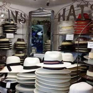 The Bath Hat Company stocks a wide range of stylish men's andwomen's hats