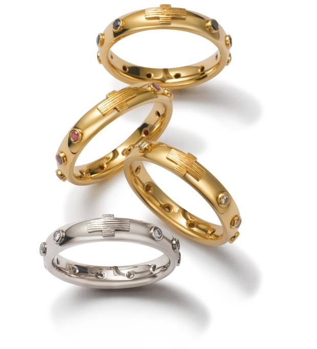 Dolce &Gabbana yellow- or white-gold and diamond rosary rings, POA