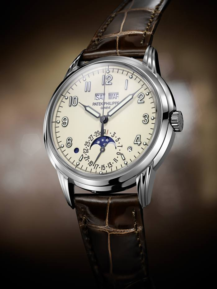 Patek Philippe white gold 5320 Perpetual Calendar on alligator strap, £60,090