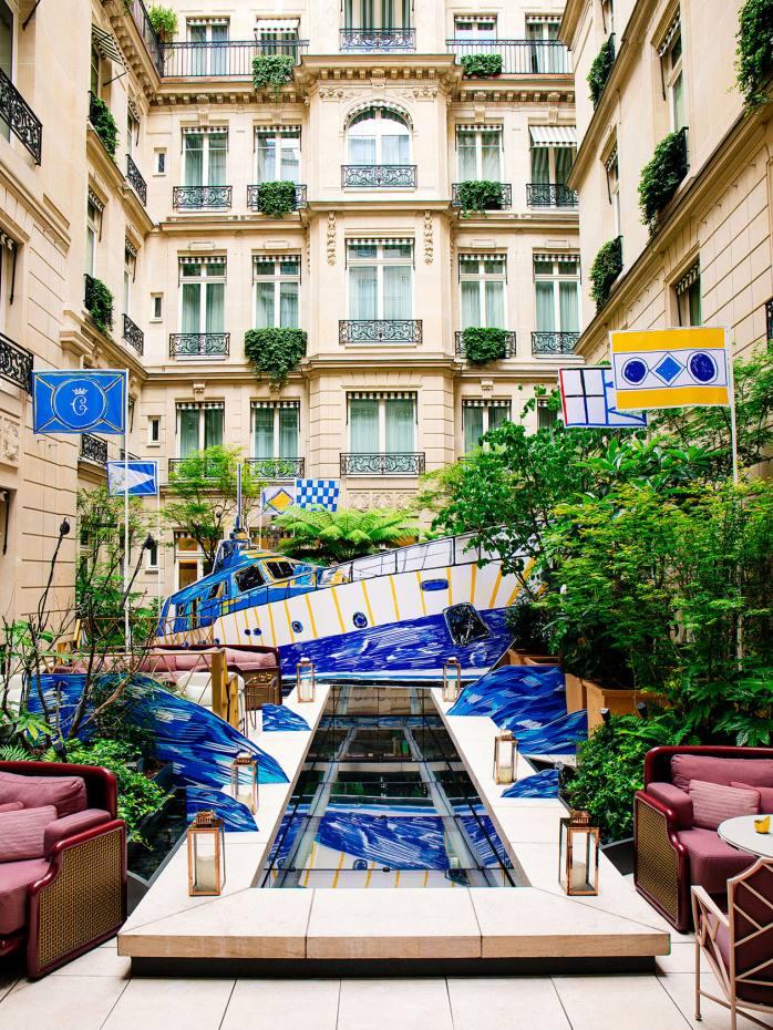 A Yacht Club pop-up at the Hôtel de Crillon