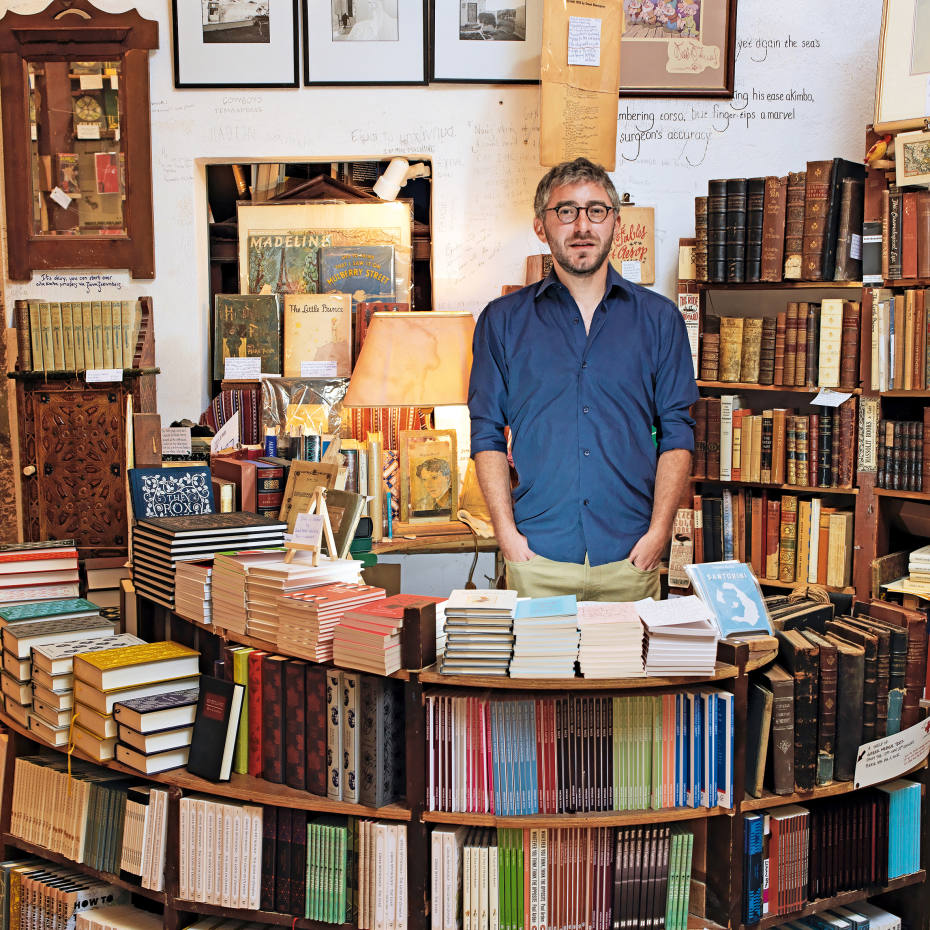 Craig Walzer founded Atlantis Books with five friends in the town of Oia, on Santorini, in 2004
