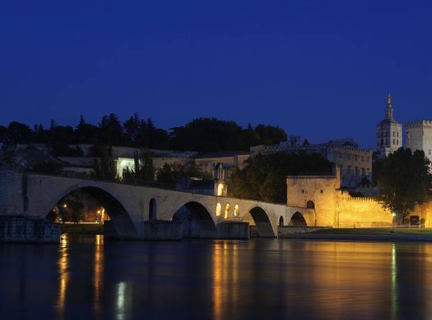 The famous Pont d'Avignon.