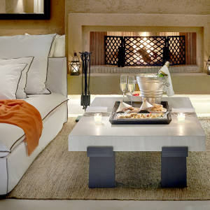 The Mandarin Oriental Marrakech's spacious one-bedroom villas are tastefully decorated in neutral hues