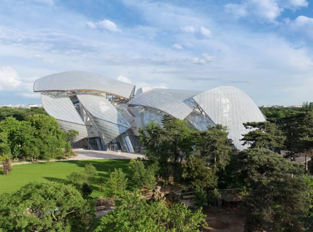 The Foundation Louis Vuitton, set in the Jardin d'Acclimatation