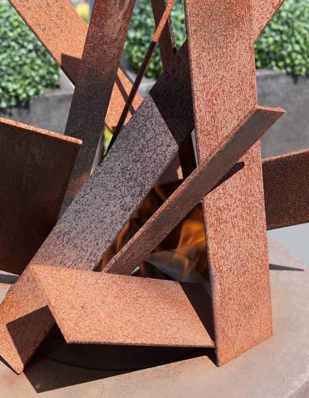 B&D Designs bespoke natural steel Planes sculpture, from £3,800