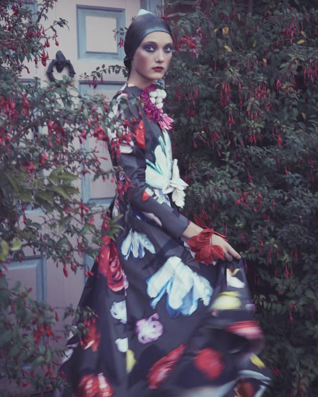 Prada poplindress, £3,615. Lamar silk-satin headscarf, £55. VVRouleaux assortment ofsilk, velvet and cotton flowers, from £7.95