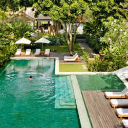 The 46-room and suite Como UmaUbud in Bali issurrounded by coconut palms and banyan trees