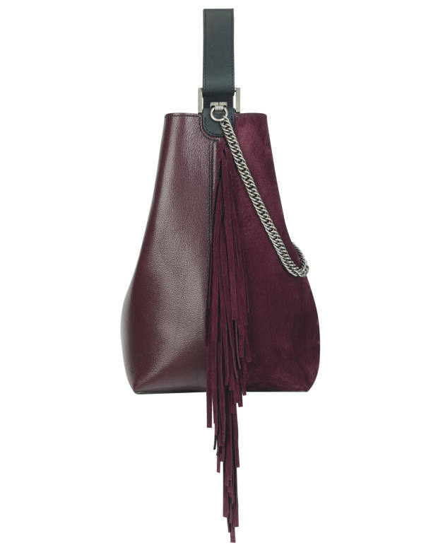 Side view of the sumptuous bag