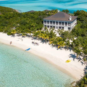 One of the fiveelegantly furnished homes on Little Pipe Cay in theBahamas, $85m