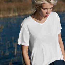 Hanro Balance T-shirt, £57