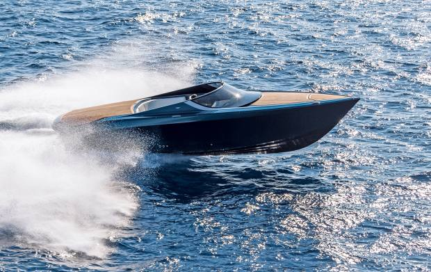 The AM37 has a top speed of 50 knots