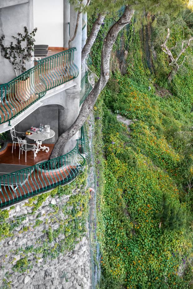 IlSanPietro is built into the Amalfi cliffs