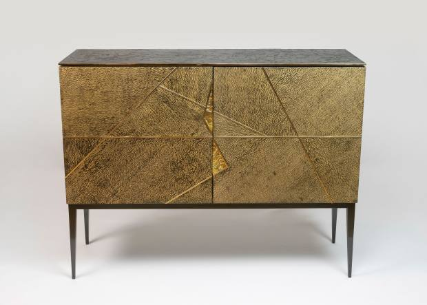 Lacewood, bronze and 24ct-gold Gio Louro Faia bar cabinet (edition of six), €93,600