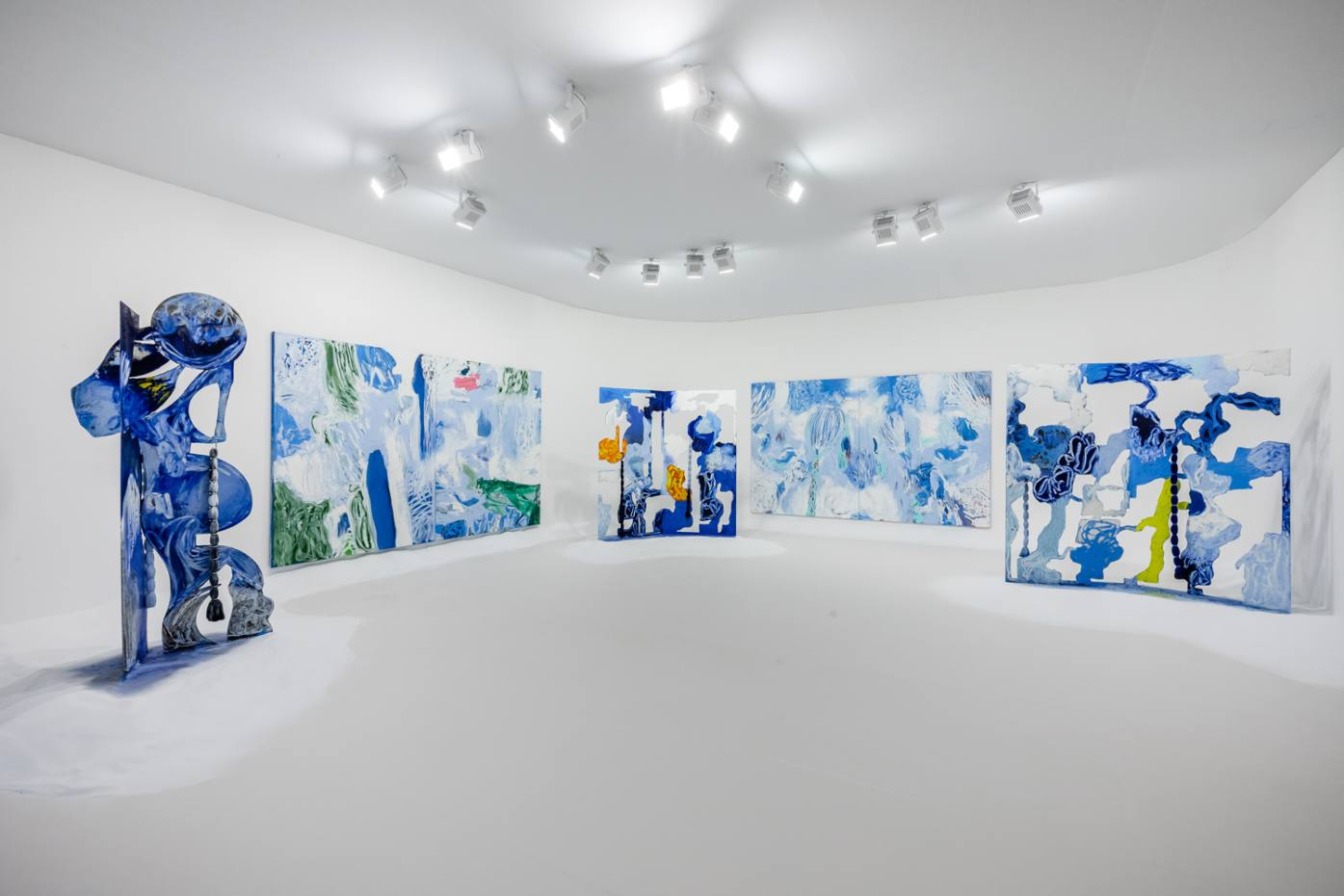 Donna Huanca at Simon Lee Gallery