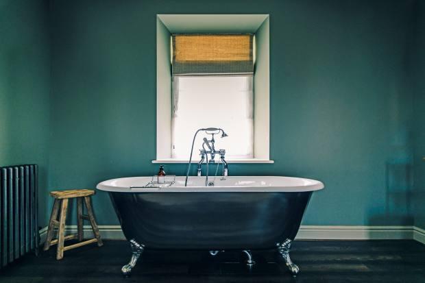 A bathroom in The Blonde Hedgehog