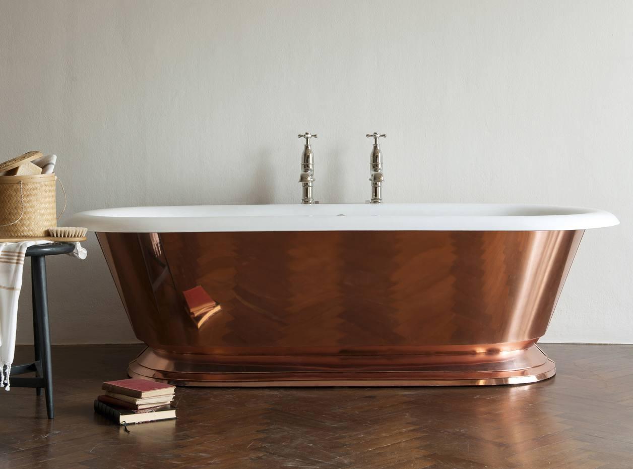 Drummonds copper-clad cast-iron Tay bath, £8,940