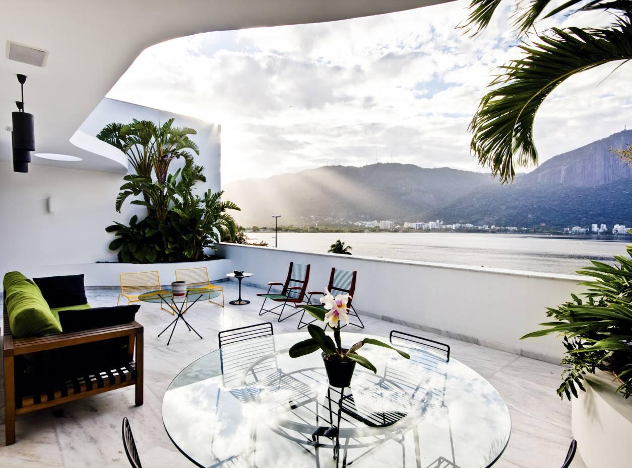 A two-bedroom penthouse in Ipanema, Rio de Janeiro, available through Matueté