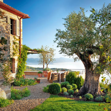 Bell'Aria is one of the farmhouses available to rent on Umbria's 3,700-acre Castello di Reschio estate