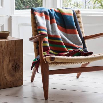 Begg & Co lambswool/cashmere Balsas Dexter blanket, £500