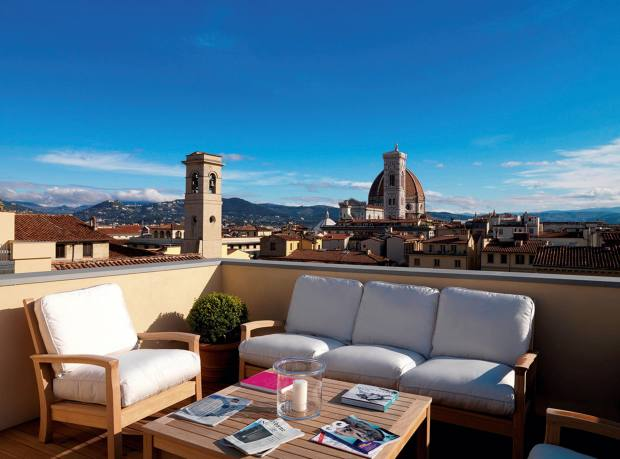 An apartment roof terrace at Palazzo Tornabuoni, Florence