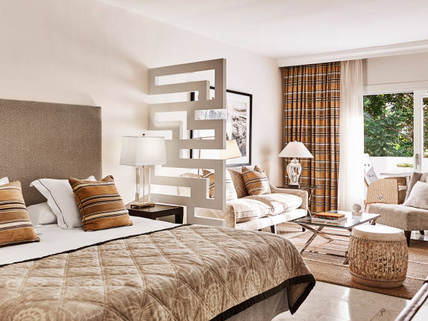 The three-night package, from €1,731, includes a stay in a juniorsuite