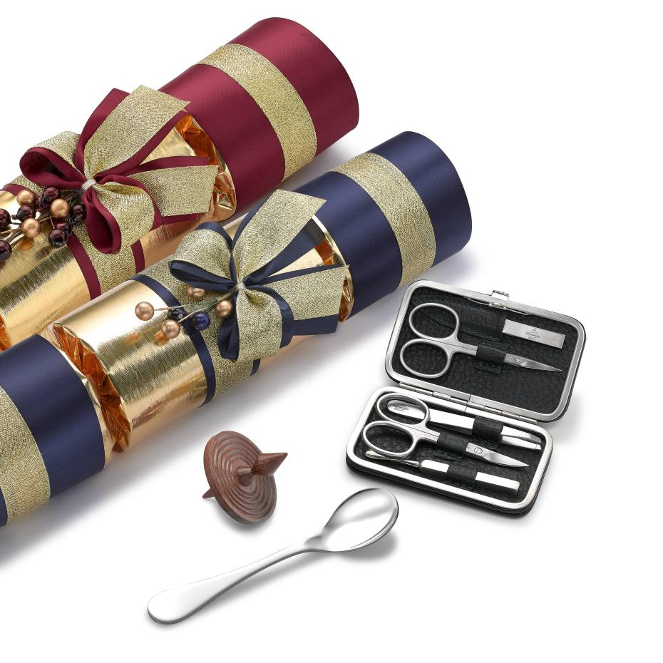 2e765756d905 The Christmas crackers can be filled with bespoke versions of any William    Son product