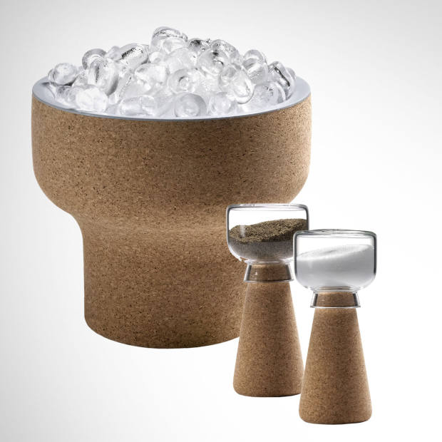 From left to right: Gelo ice bucket, by Filipe Alarcão for Materia. Par salt and pepper shakers, by Nendo for Materia