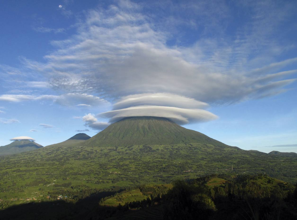 Mt Muhabura in the Virungas on the Rwanda-Uganda border