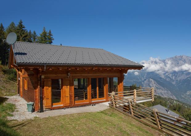Chalet Martini is just 300m from the nearest ski lift