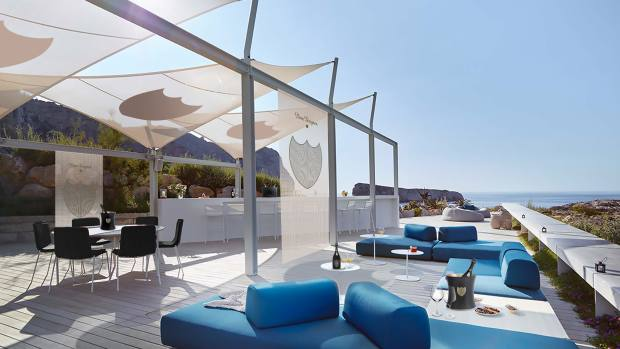 Daytime guests can chill in the sun, surrounded by the Mediterranean Sea, before lunch is served