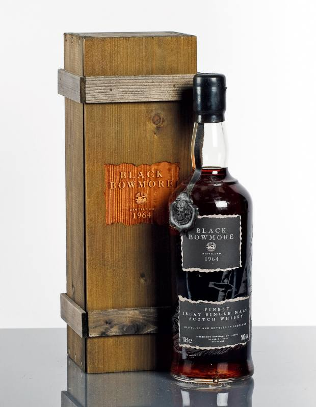 Black Bowmore 1964, sold for £4,000 at McTear's