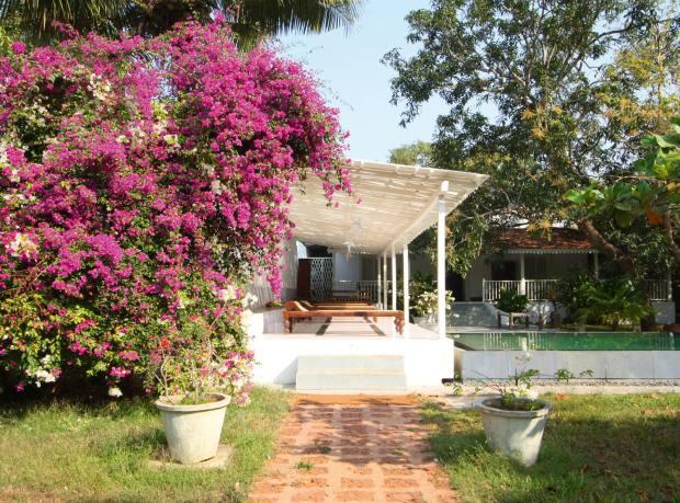 The pool verandah at Frangipani private villa