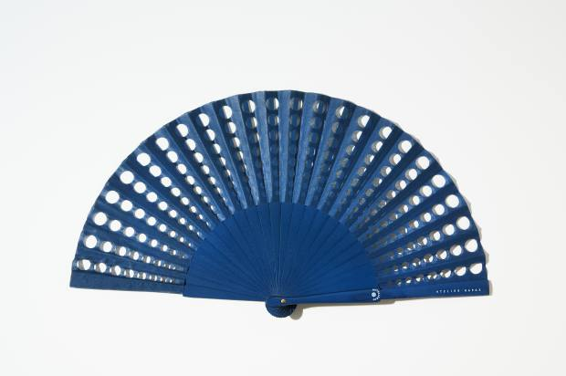 Laser-perforated cotton polka-dot fan, €75