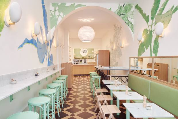 Mahdavi goes to Maisie Café for vegan and organic lunches