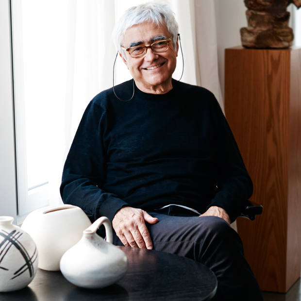 Rafael Viñoly likes Lunor glasses, sometimes wearing more than one pair for different purposes
