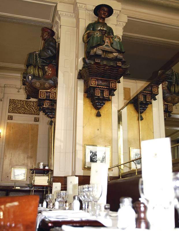 Les Deux Magots café in Paris.
