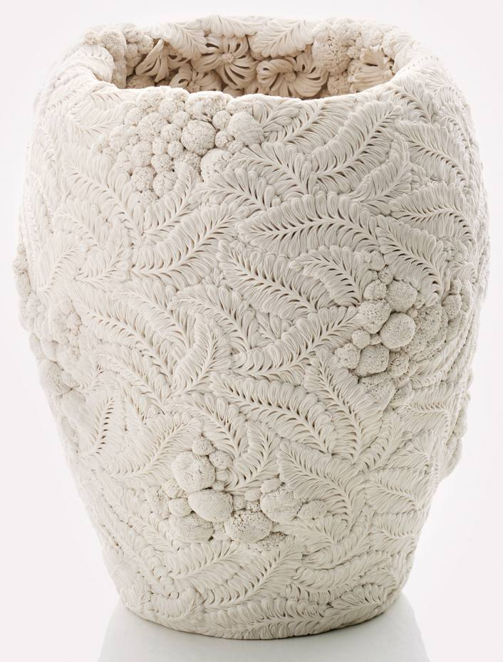 Poetry In Porcelain By Hitomi Hosono How To Spend It