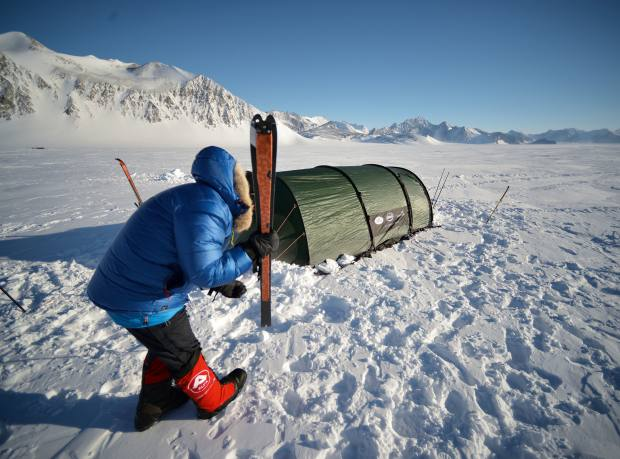 Saunders makes camp at Union Glacier before flying to the start of the expedition