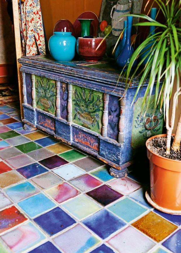 The Rupert Spira reject tiles on Fassett's bathroom floor