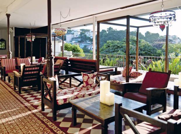 Bar dos Descasados at Hotel Santa Teresa