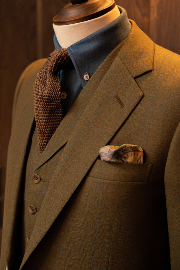 Benson & Clegg is happy to make anything online, from a soft-tailored sports coat to a structured power suit