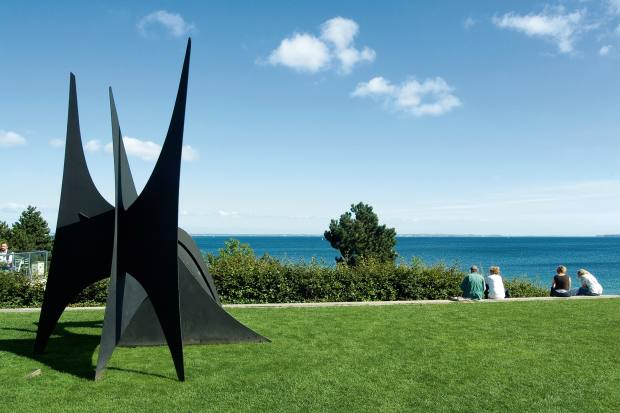 The coast of Sweden can be seen from the Louisiana Museum of Modern Art