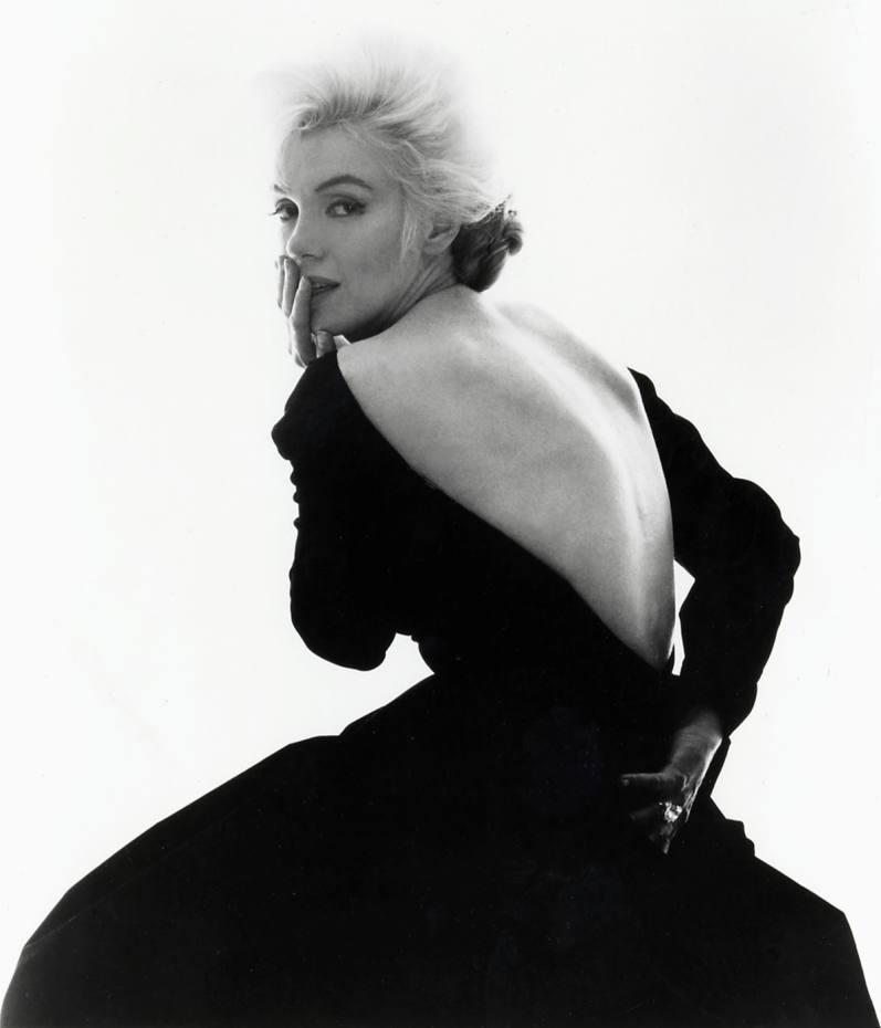 Looking over Shoulder, featuring Marilyn Monroe, by Bert Stern (1962)