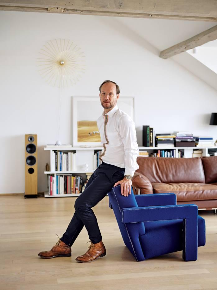 Alvaro Maggini at home in Geneva