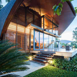 Why Architecture's design fora main residence andguesthouse in ChiangMai was partly inspired by Japanese villas and their matching tea pavilions