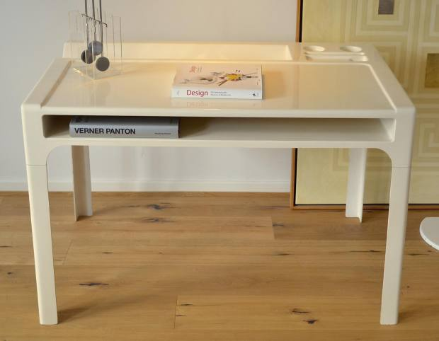 Original Ozoo desk, designed by the French architect Marc Berthier
