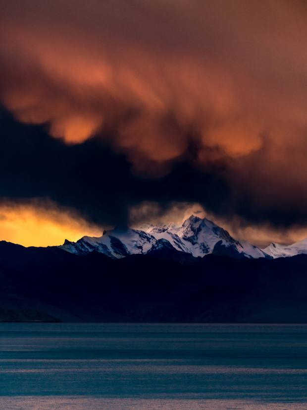 Rugged peaks loom over Ladakh's TsoMoriri lake