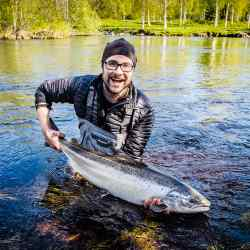 Ex-guide Ted Logardt with a salmon on the Åby