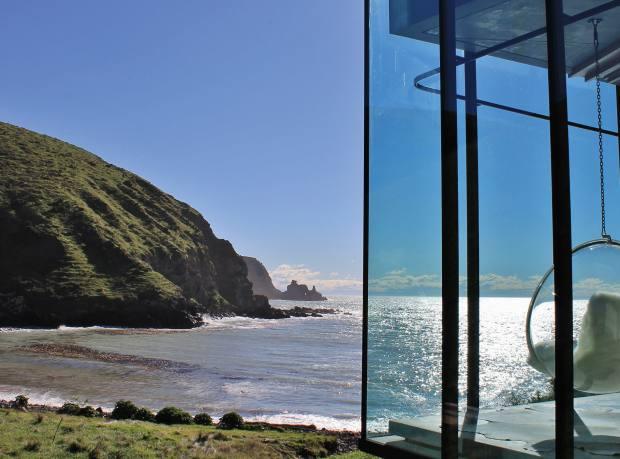 The Seascape villa at Annandale, South Island