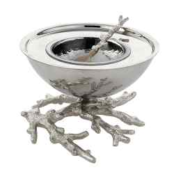Michael Aram Ocean Coral caviar dish and spoon in nickel-plated stainless steel and horn, £137